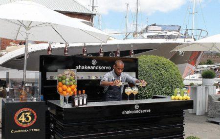 Mobiele bar inhuren / Mobiele bar op locatie / Mobiele Cocktailbar / Cocktailbar op Locatie